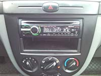 Фотография установки магнитолы Sony CDX-GT447UE в Chevrolet Lacetti