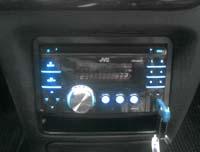 Фотография установки магнитолы JVC KW-XR417EE в Ford Escort