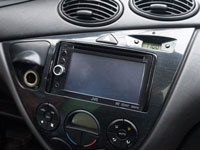 Фотография установки магнитолы JVC KW-AV50EE в Ford Focus