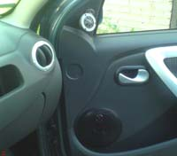 Установка акустики DLS R6A LE в Renault Sandero