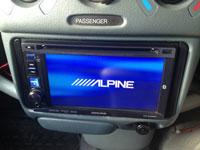 Фотография установки магнитолы Alpine IVE-W530BT в Toyota Vitz