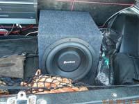 Установка сабвуфера Boston Acoustics G210-4 box в VAZ 2121